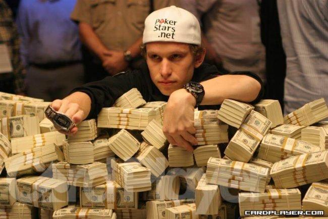 De 5 bästa pokerspelarna som förlorade allt