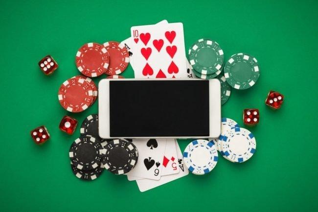 Vilka julklappar finns i årets casino julkalender 2021?